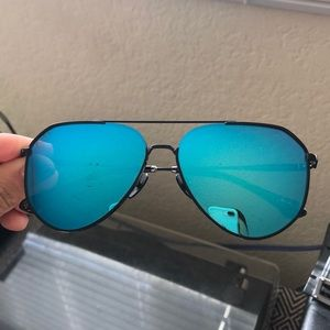 Jessie James Decker DIFF Dash Sunglasses JJD